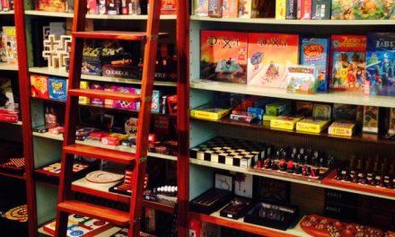 Enviar más de 100 juegos de mesa a las familias más necesitadas